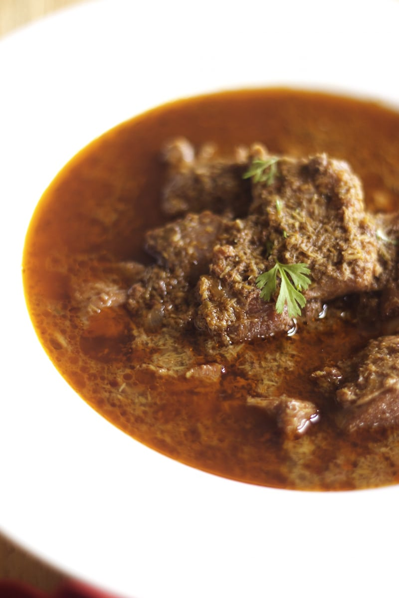 goat curry, mutton curry, maharashtrian goat curry, indian curry recipe, slow cooker recipe
