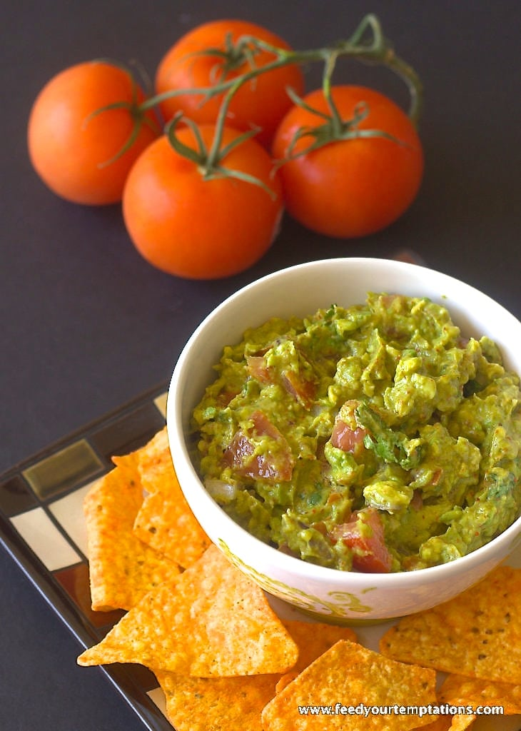 spicy guacamole, best guacamole, guacamole