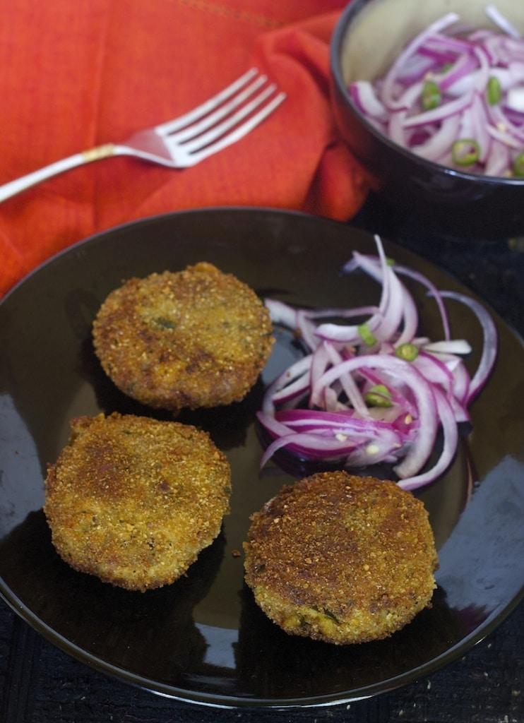 chicken cutlets, kerala style cutlets, kerala, chicken recipes, indian chicken recipes, appetizer