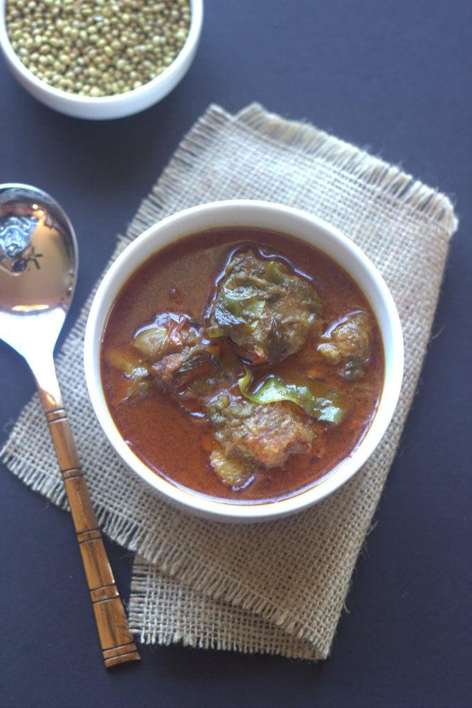 chicken curry with coconut milk, coconut milk, kerala curries, chicken kappas, chicken kappas