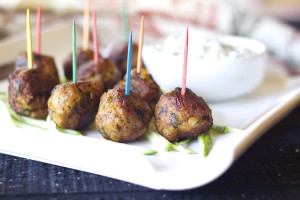chicken kababs, seekh kabab, indian kabab, pakistani,indian chicken recipes, meatballs, spicy meatballs, flavorful meatballs, koftas, mini appetizers, easy appetizers