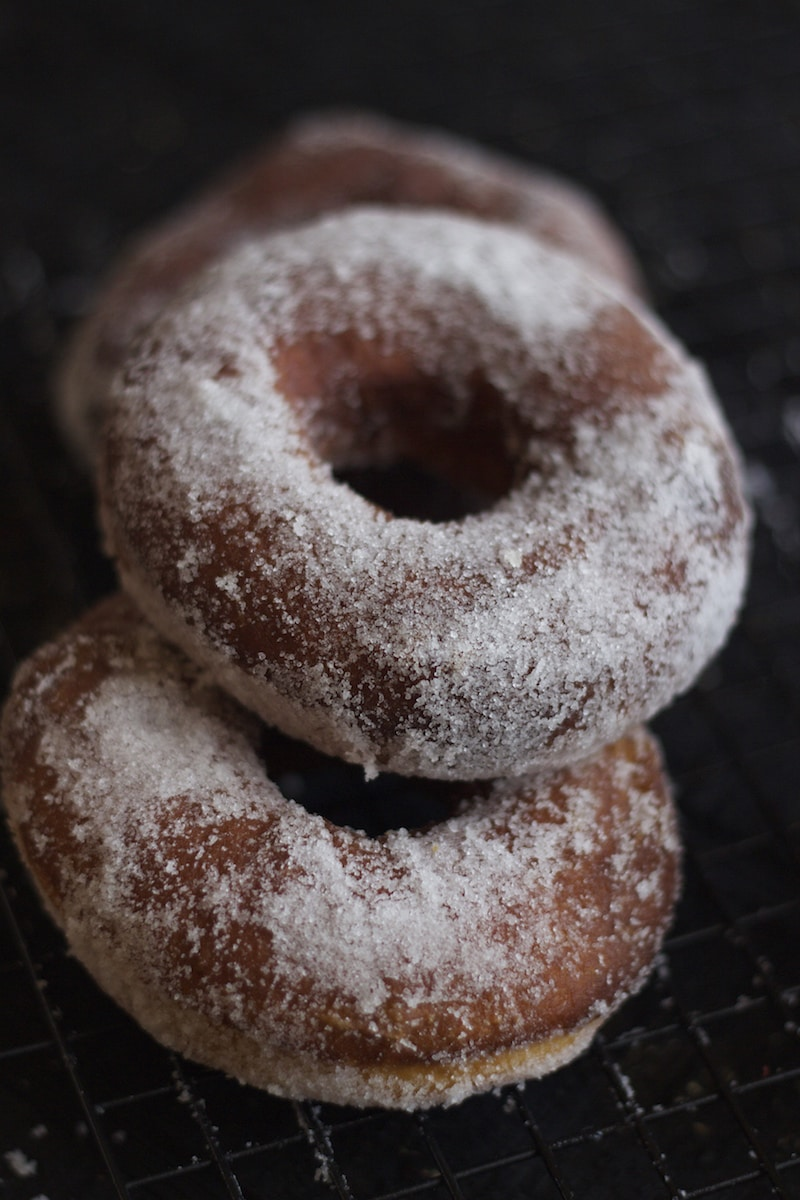 krispy kreme donut, doughnut recipe, best donut recipe, pastry cream, vanilla cream filled donut recipe,