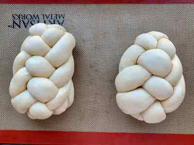 how to shape challah