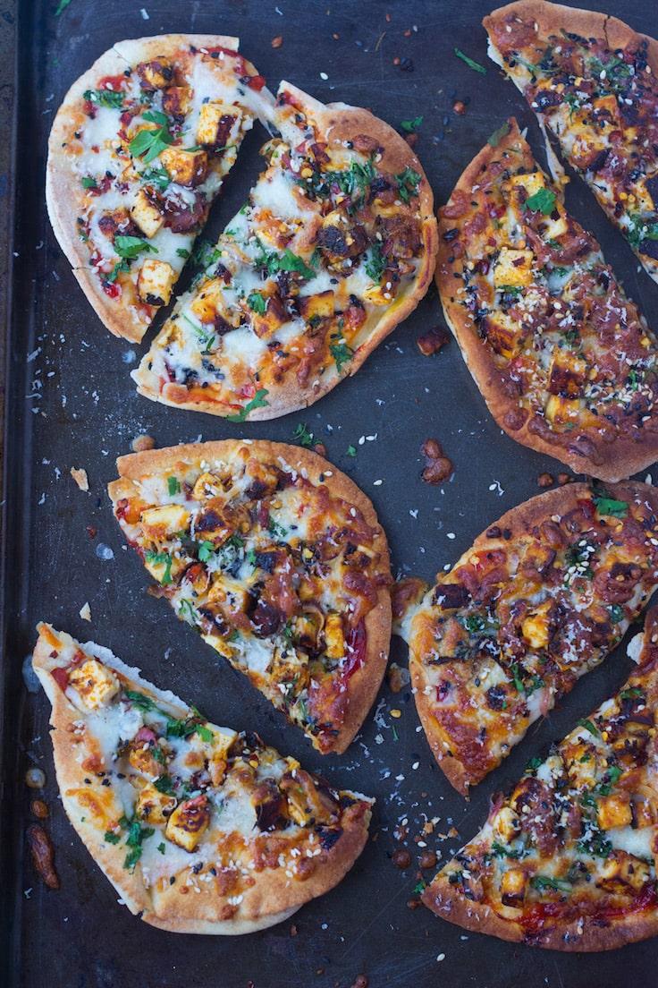 flat bread pizza recipe, paneer tikka pizza, naan pizza, quick fixes, bread pizza recipes, quick pizza, vegetarian, paneer recipes