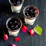 Blueberry Panna cotta | With Blueberry Sauce | Coulis